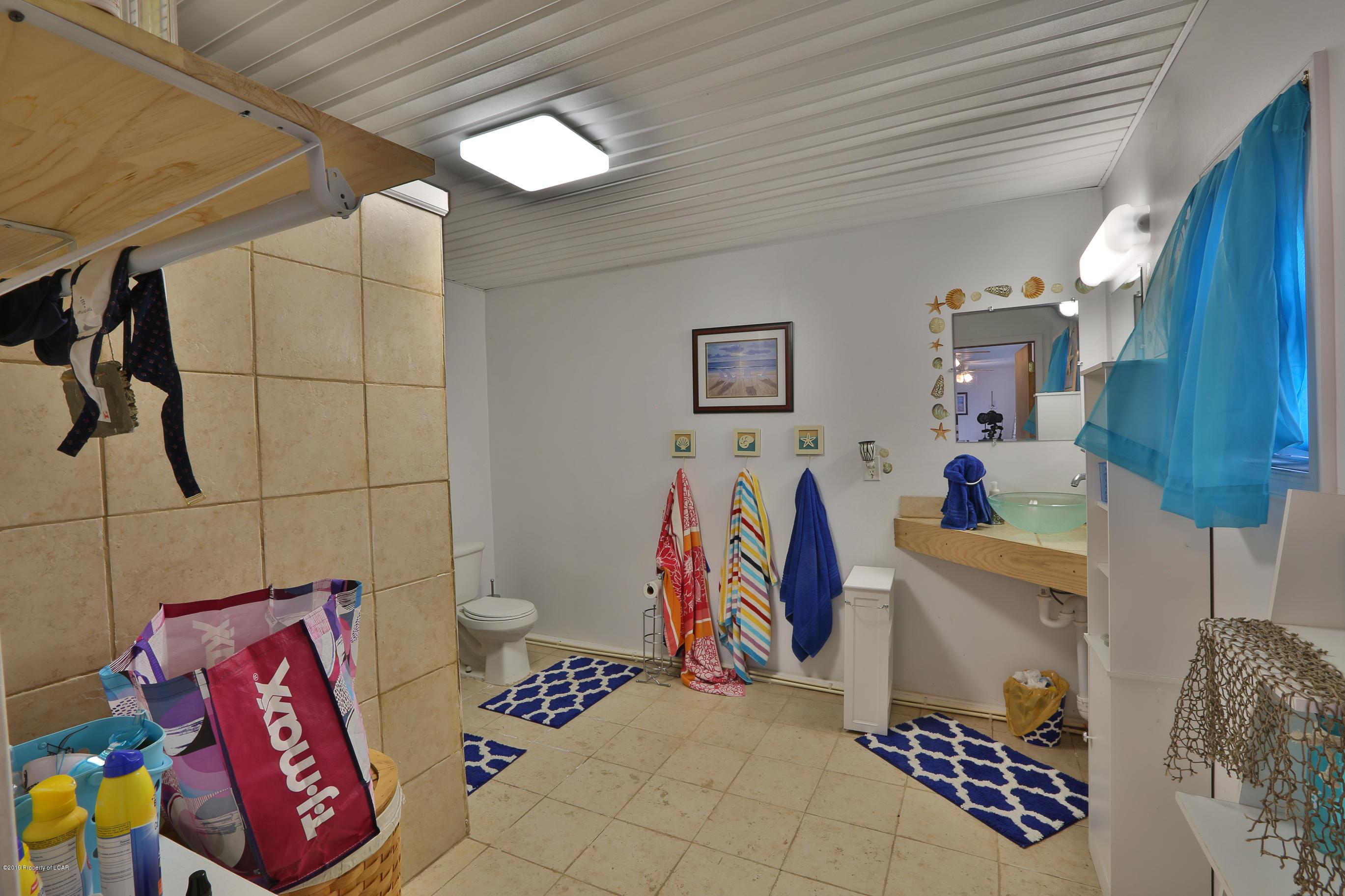 3/4 Bath Pool House