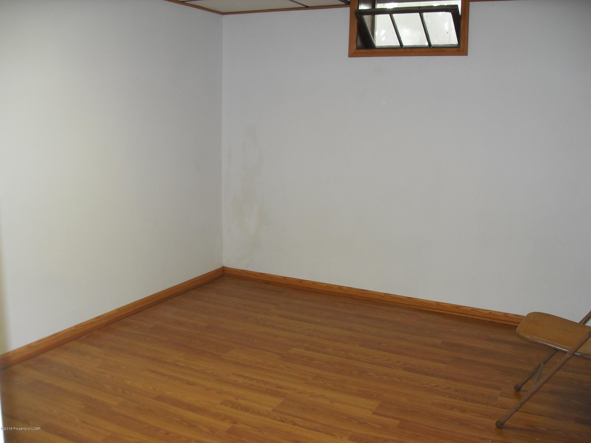 Possible 3rd Bedroom