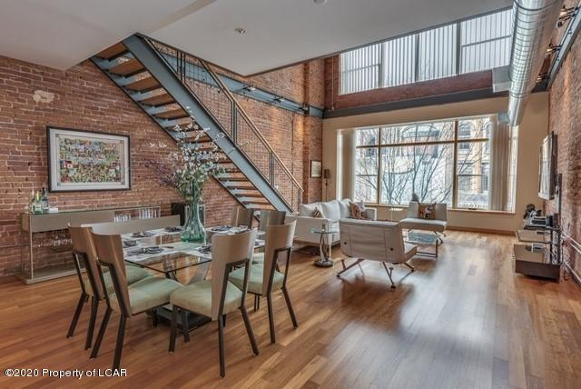 Living/Dining room Combo