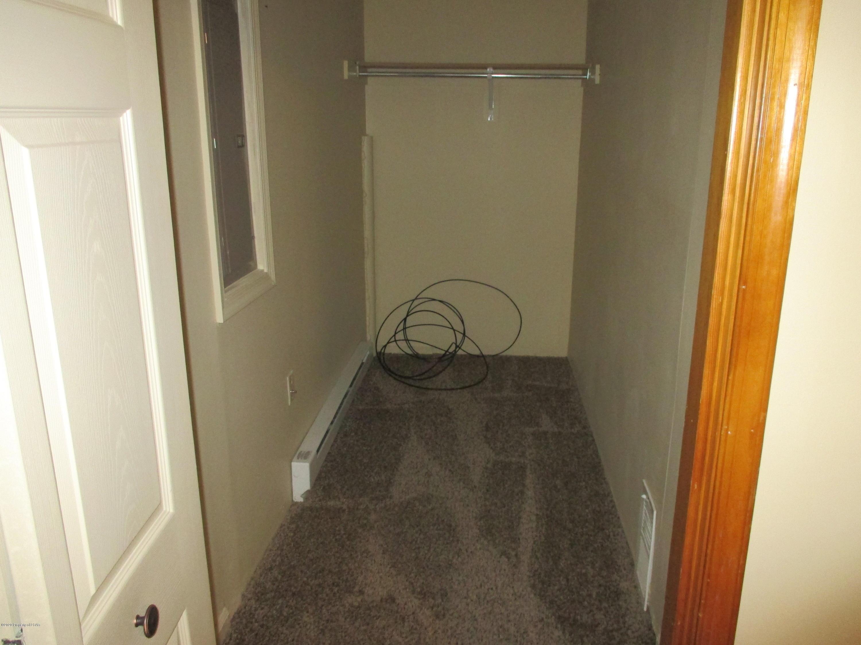 Walk in closet BR 4