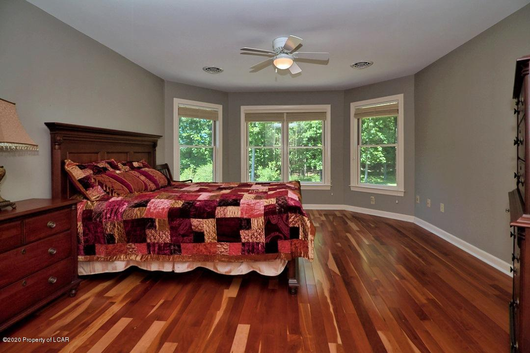Timber Grove Bedroom 2