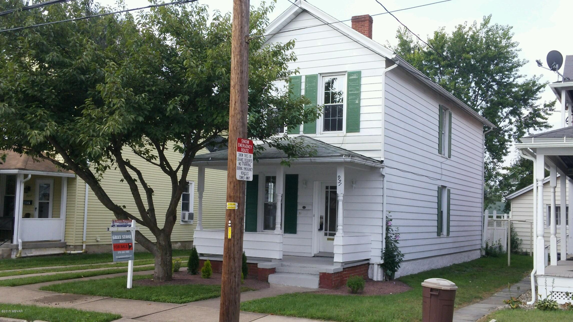 951 FRANKLIN STREET,Williamsport,PA 17701,3 Bedrooms Bedrooms,1 BathroomBathrooms,Residential,FRANKLIN,WB-75338