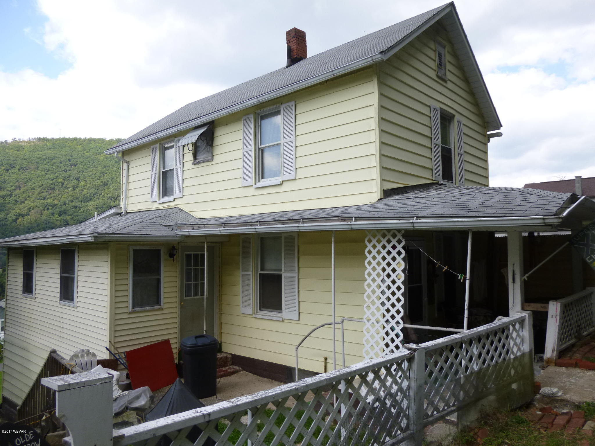 218 CLINTON STREET,Renovo,PA 17764,2 Bedrooms Bedrooms,2 BathroomsBathrooms,Residential,CLINTON,WB-82017