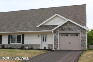 253 MADISON AVENUE,Montoursville,PA 17754,3 Bedrooms Bedrooms,2.5 BathroomsBathrooms,Residential,MADISON,WB-83268