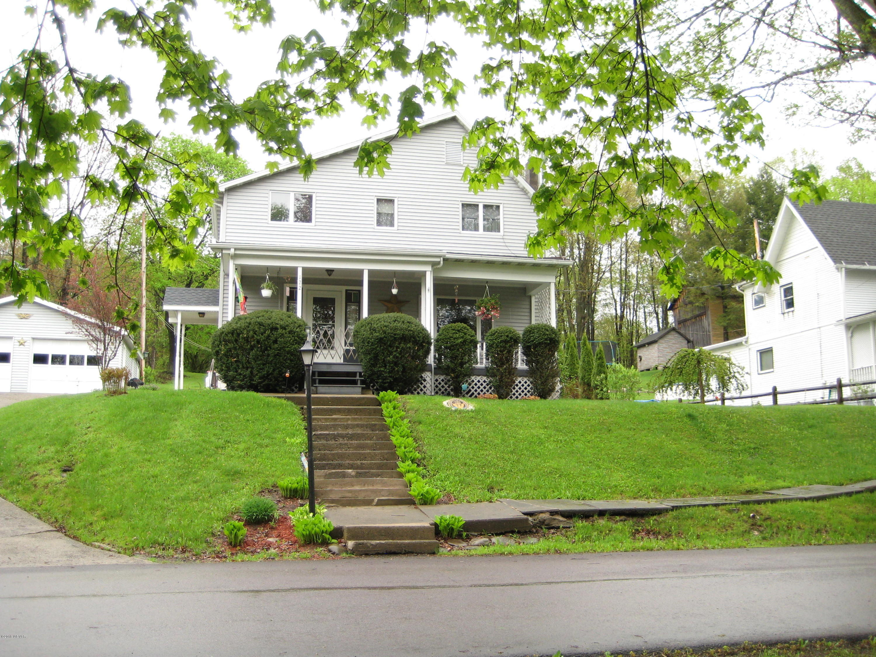 122 LAUREL STREET,Dushore,PA 18614,3 Bedrooms Bedrooms,1.5 BathroomsBathrooms,Residential,LAUREL,WB-84077