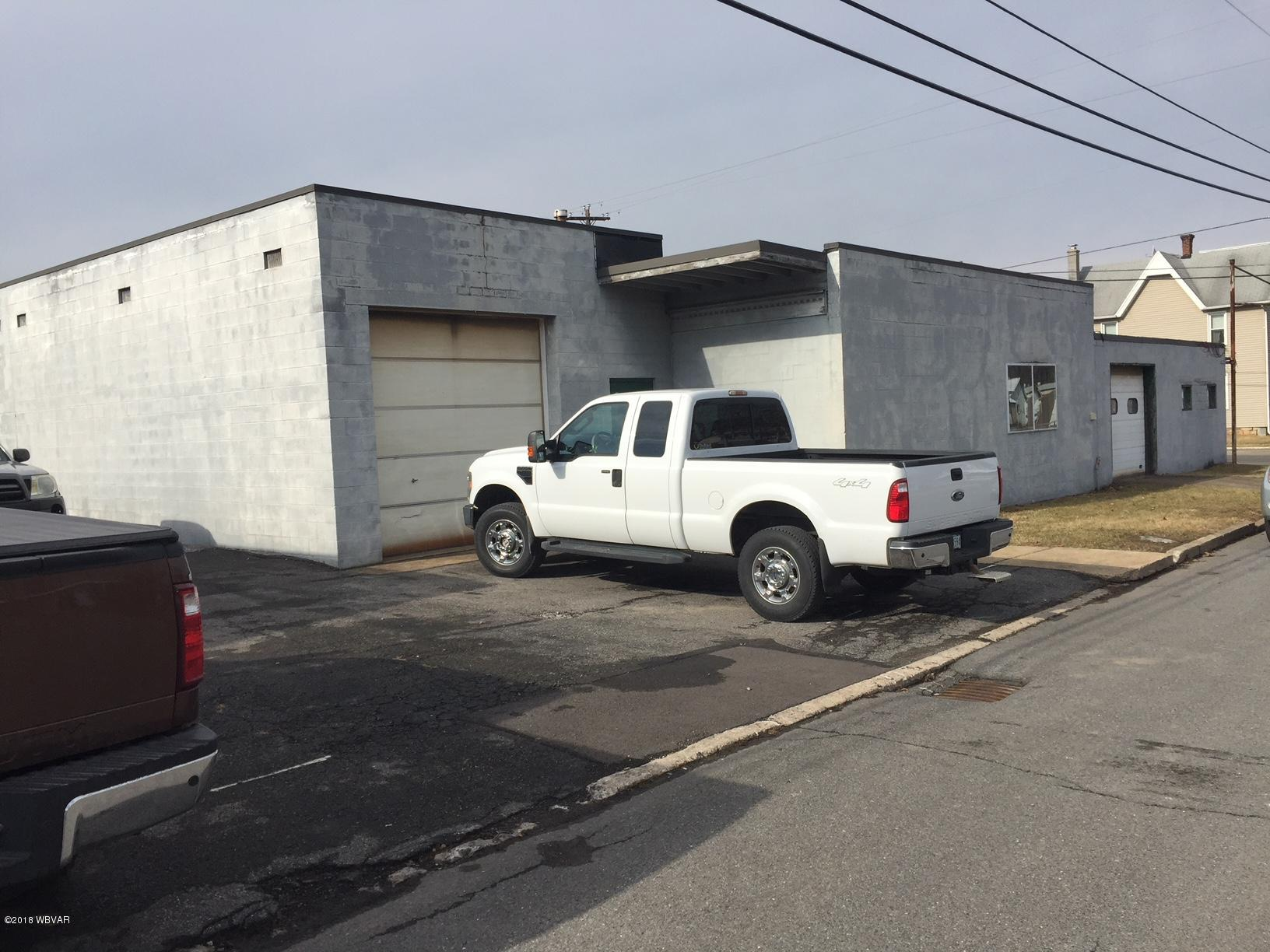 396 2ND AVENUE,S. Williamsport,PA 17702,1 BathroomBathrooms,Comm/ind lease,2ND,WB-84162
