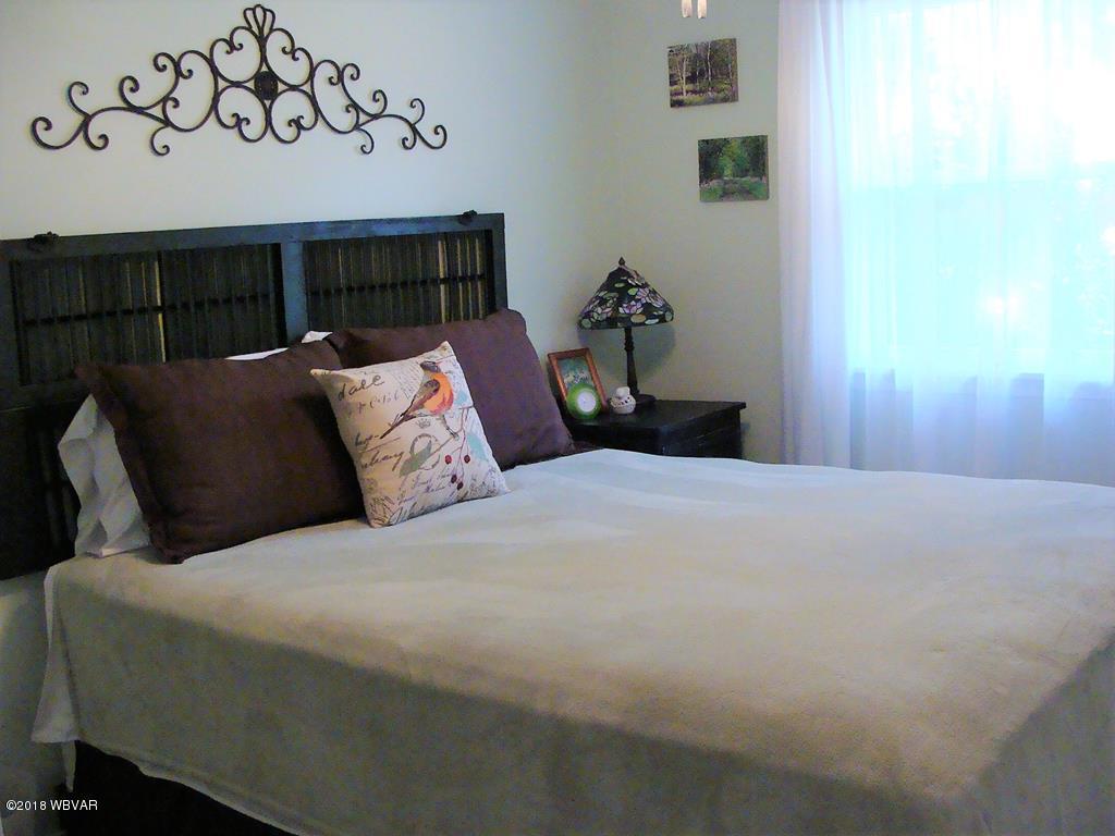11 PROSPECT STREET,Wellsboro,PA 16901,3 Bedrooms Bedrooms,2 BathroomsBathrooms,Residential,PROSPECT,WB-84697