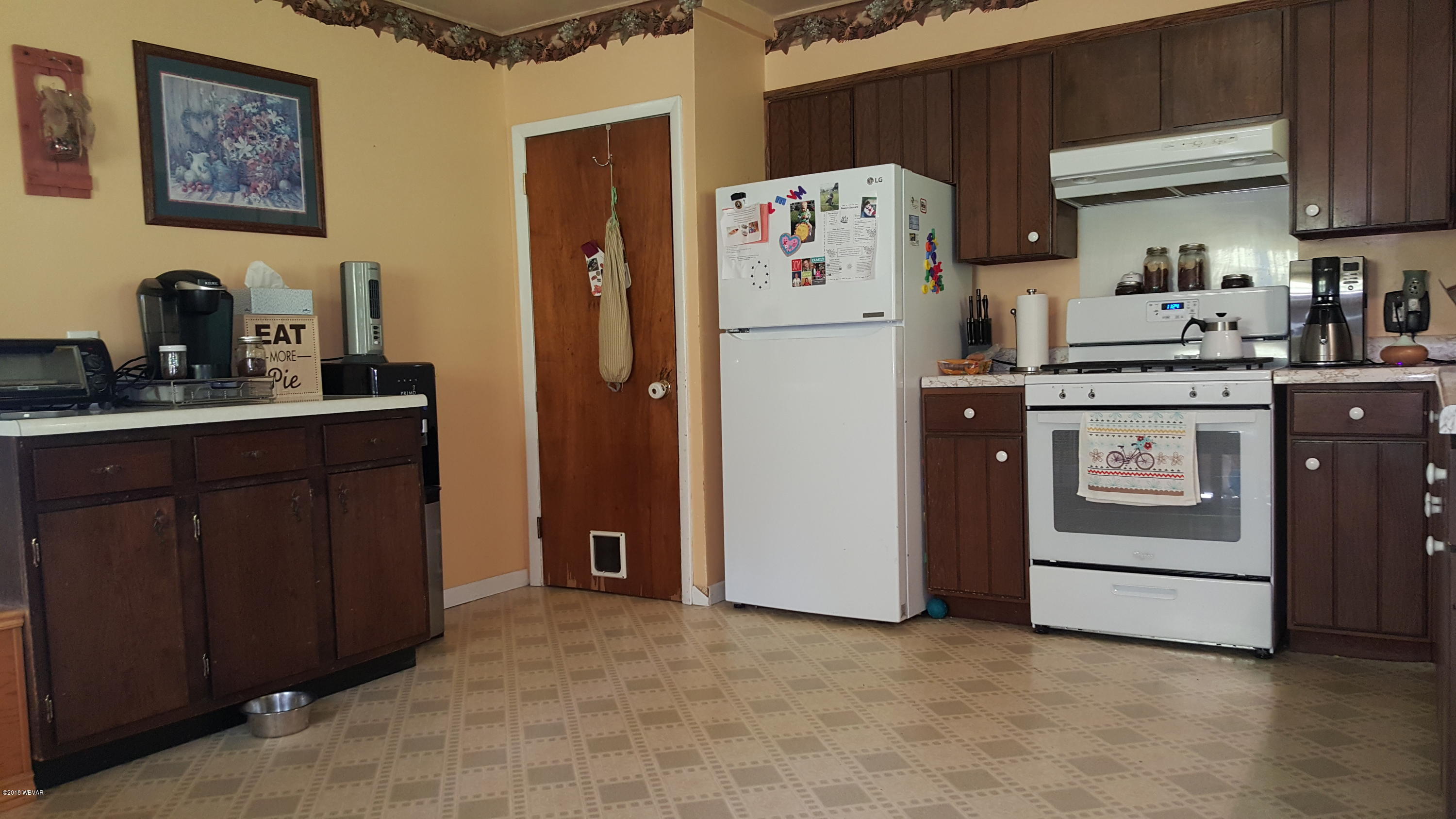 1365 BUTTON HILL ROAD,Tioga,PA 16946,1 Bedroom Bedrooms,1 BathroomBathrooms,Residential,BUTTON HILL,WB-85998