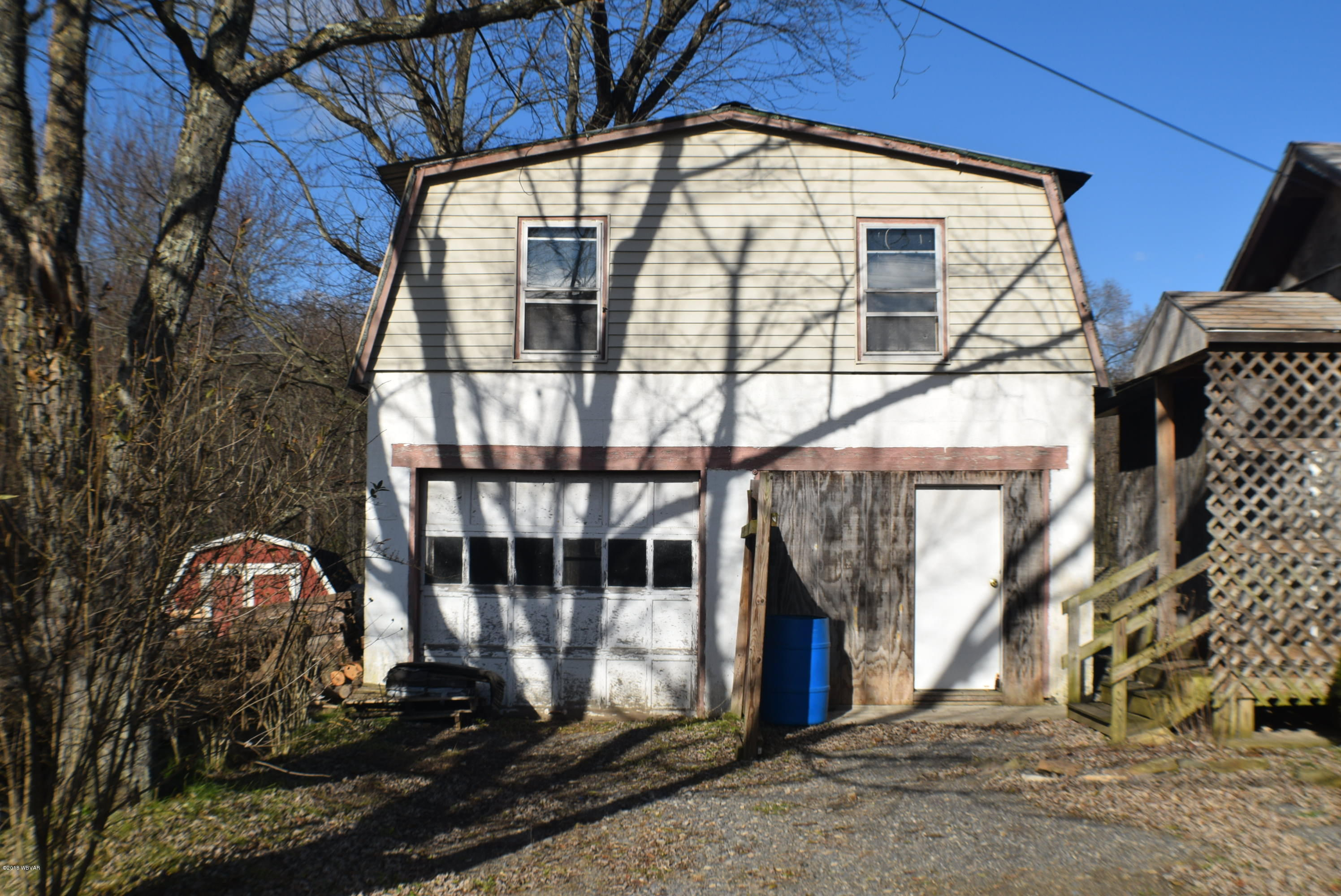 18280 OLD TURNPIKE ROAD,Millmont,PA 17845,2 Bedrooms Bedrooms,2 BathroomsBathrooms,Residential,OLD TURNPIKE,WB-86011