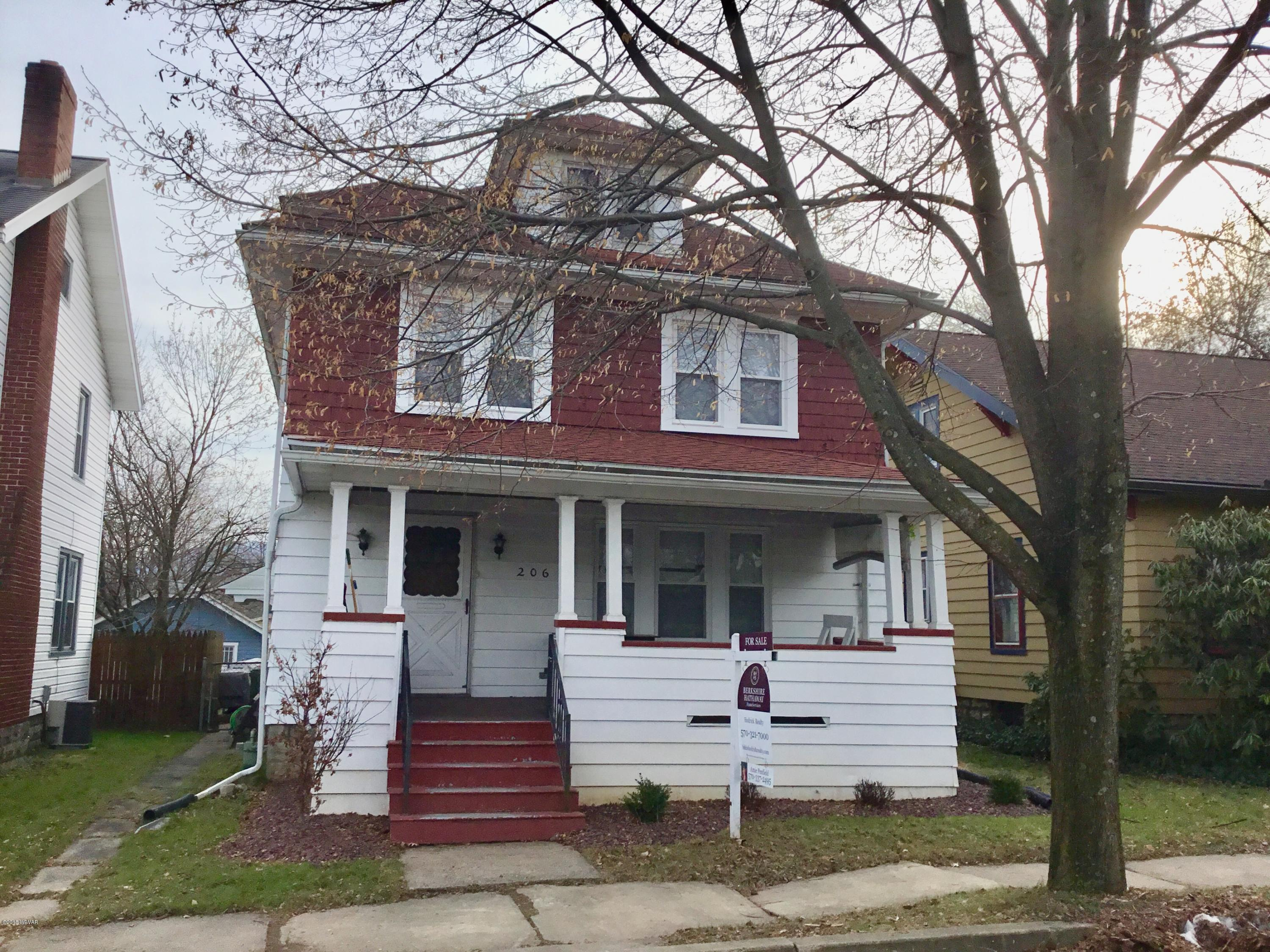206 ELDRED STREET,Williamsport,PA 17701,3 Bedrooms Bedrooms,2 BathroomsBathrooms,Residential,ELDRED,WB-86058