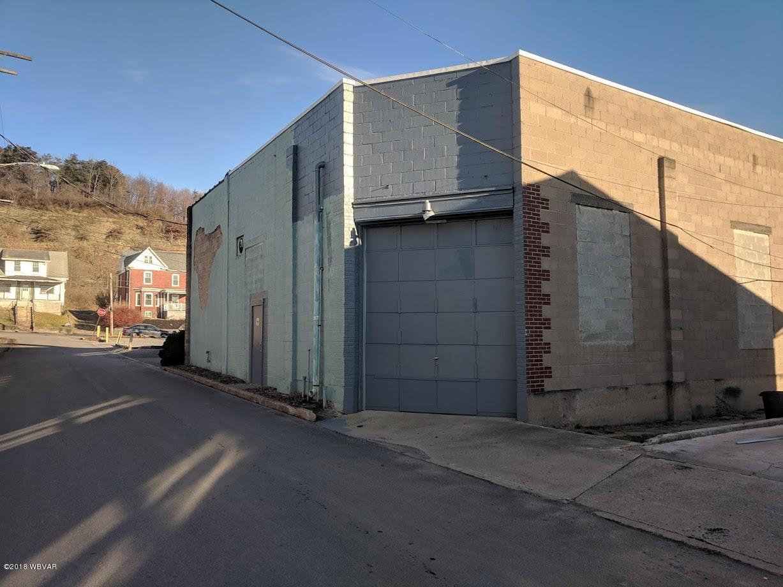 924 FUNSTON AVENUE,Williamsport,PA 17701,3 BathroomsBathrooms,Commercial sales,FUNSTON,WB-86080