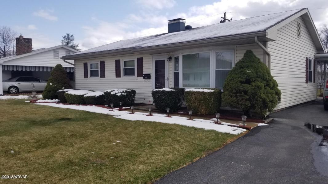 2416 E ELWOOD CRESCENT, Williamsport, Pennsylvania