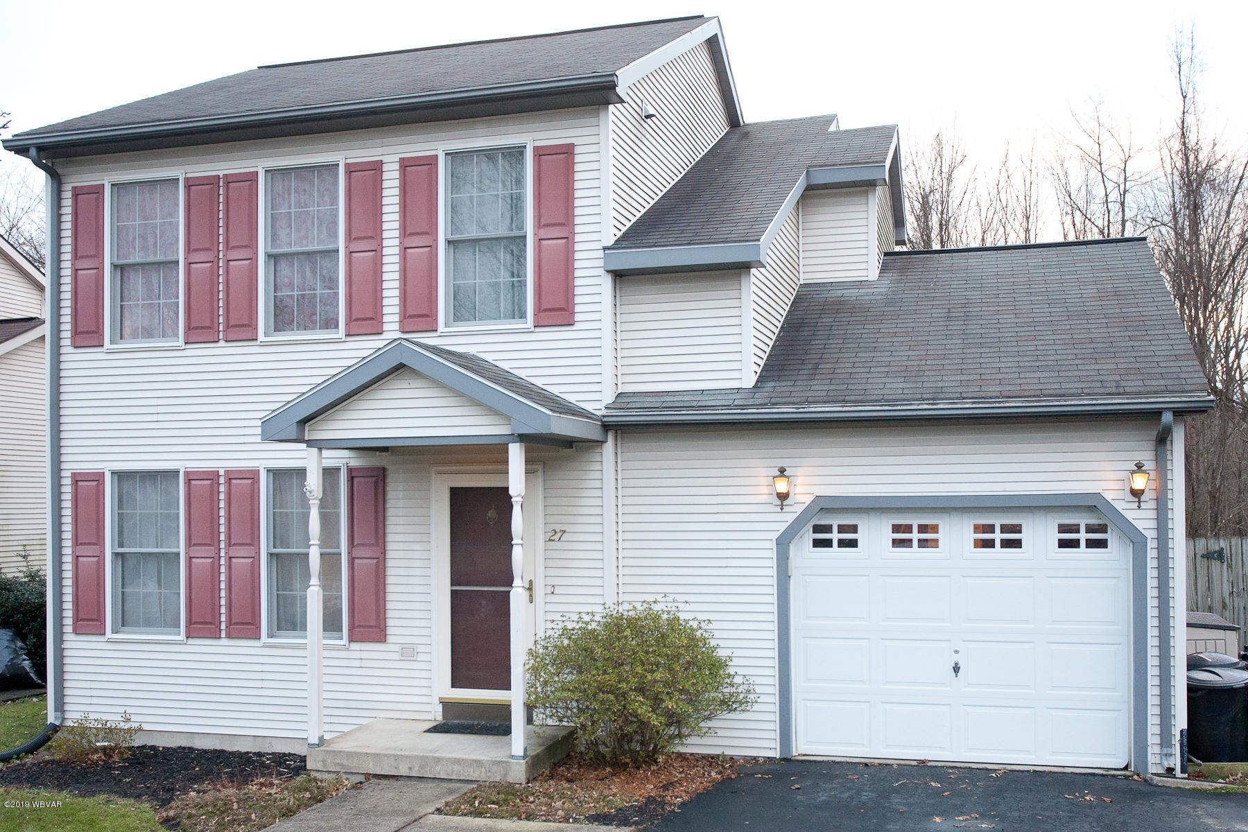27 TERRACE LANE,Williamsport,PA 17701,3 Bedrooms Bedrooms,1 BathroomBathrooms,Residential,TERRACE,WB-86136