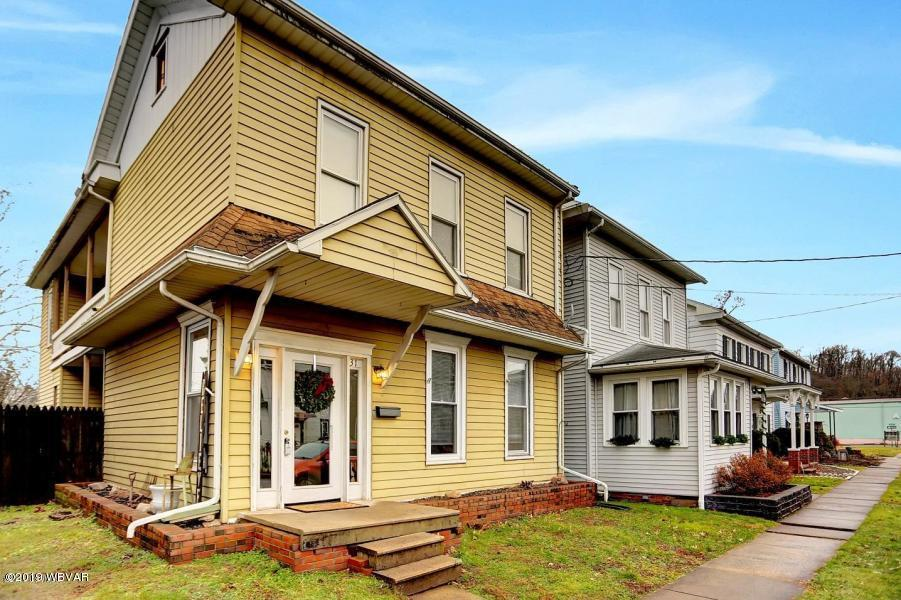 31 1ST STREET,Milton,PA 17847,3 Bedrooms Bedrooms,3 BathroomsBathrooms,Residential,1ST,WB-86166