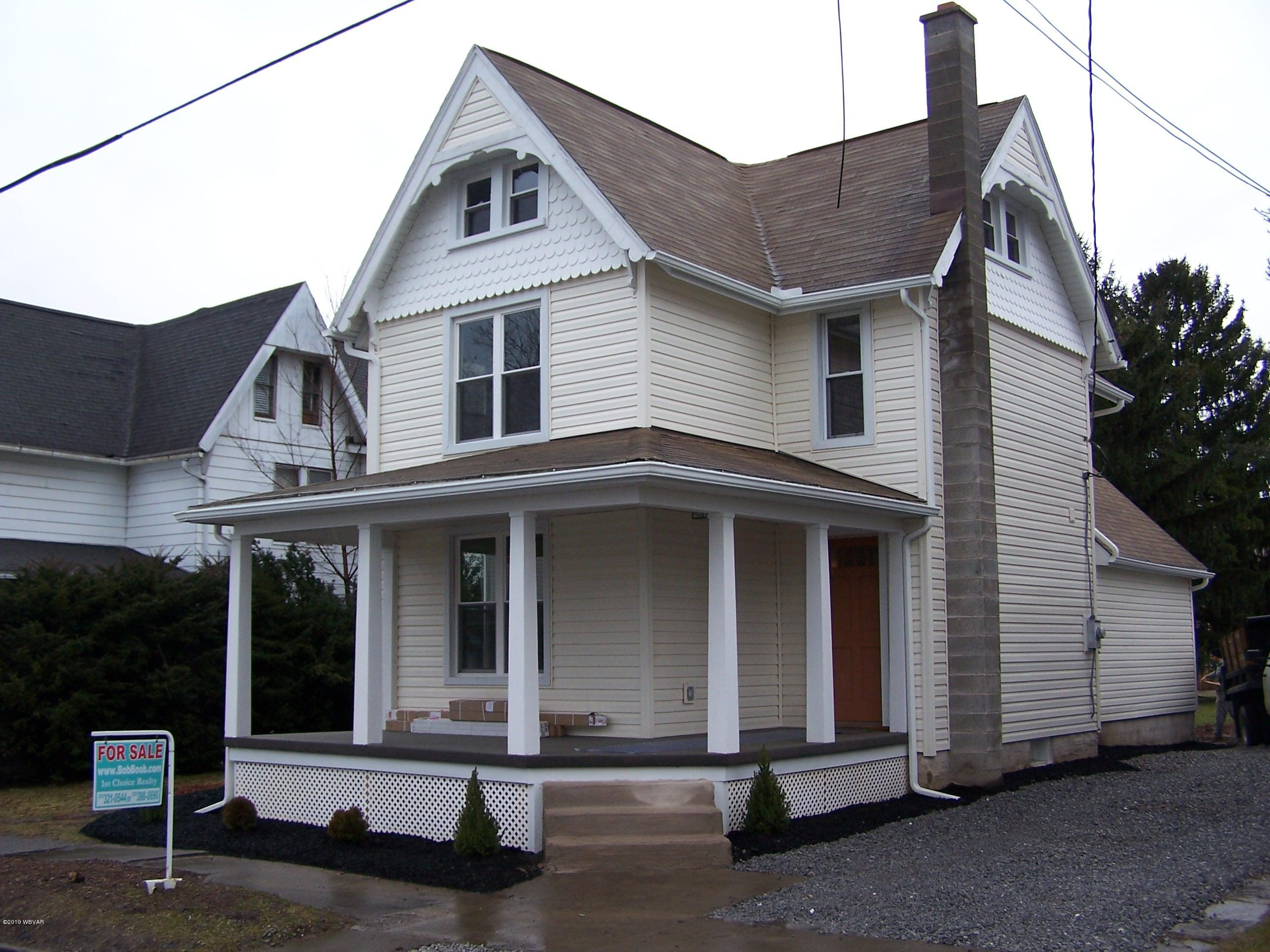 223 GLOVER STREET,Jersey Shore,PA 17740,3 Bedrooms Bedrooms,2.5 BathroomsBathrooms,Residential,GLOVER,WB-86155
