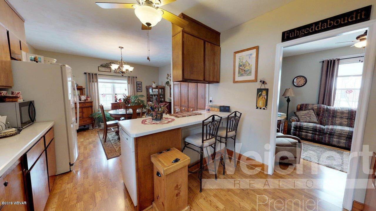 528 LINCOLN AVENUE,Jersey Shore,PA 17740,3 Bedrooms Bedrooms,1 BathroomBathrooms,Residential,LINCOLN,WB-86187