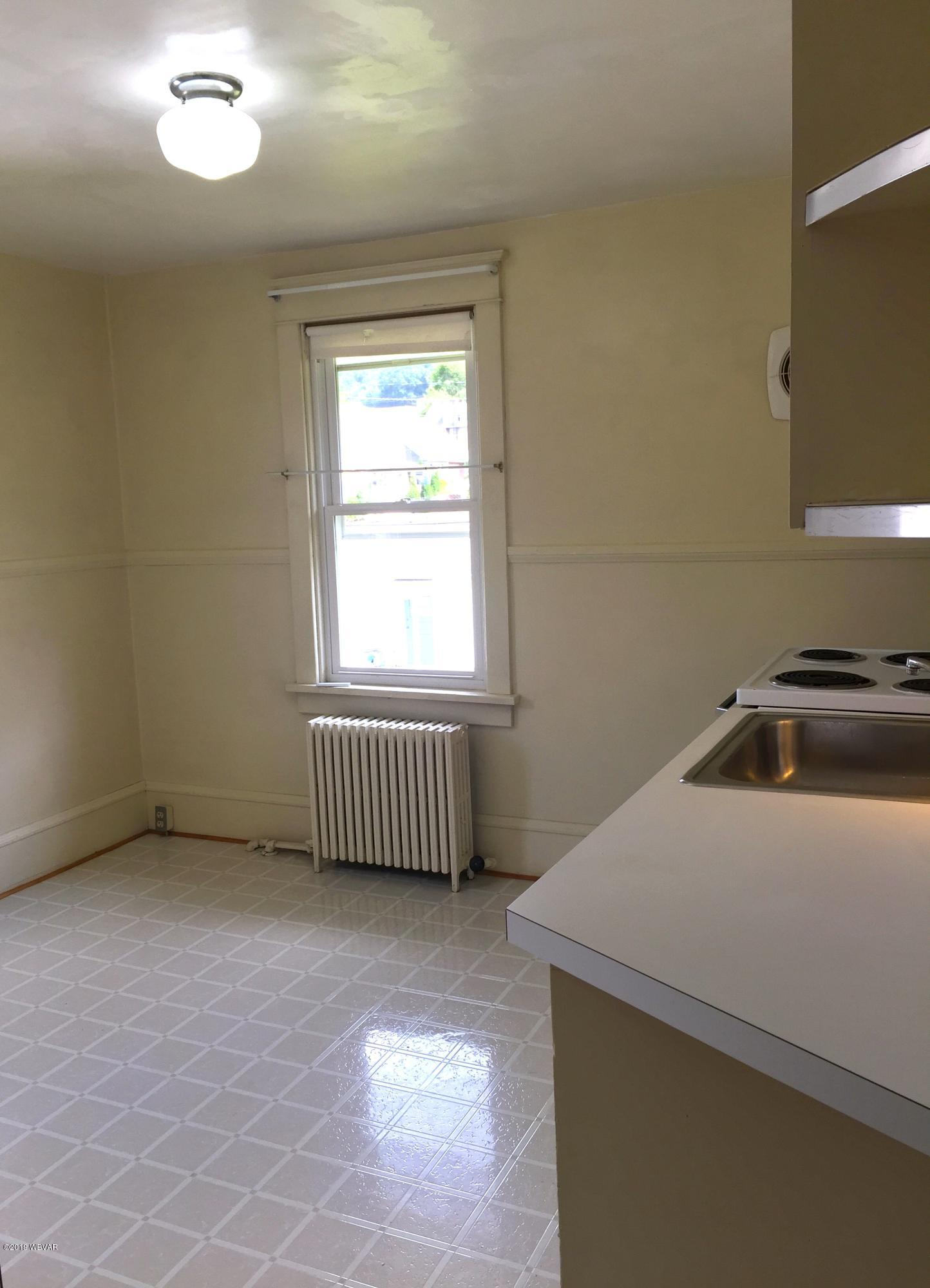 803 CENTRAL AVENUE,S. Williamsport,PA 17702,1 Bedroom Bedrooms,1 BathroomBathrooms,Resid-lease/rental,CENTRAL,WB-86194
