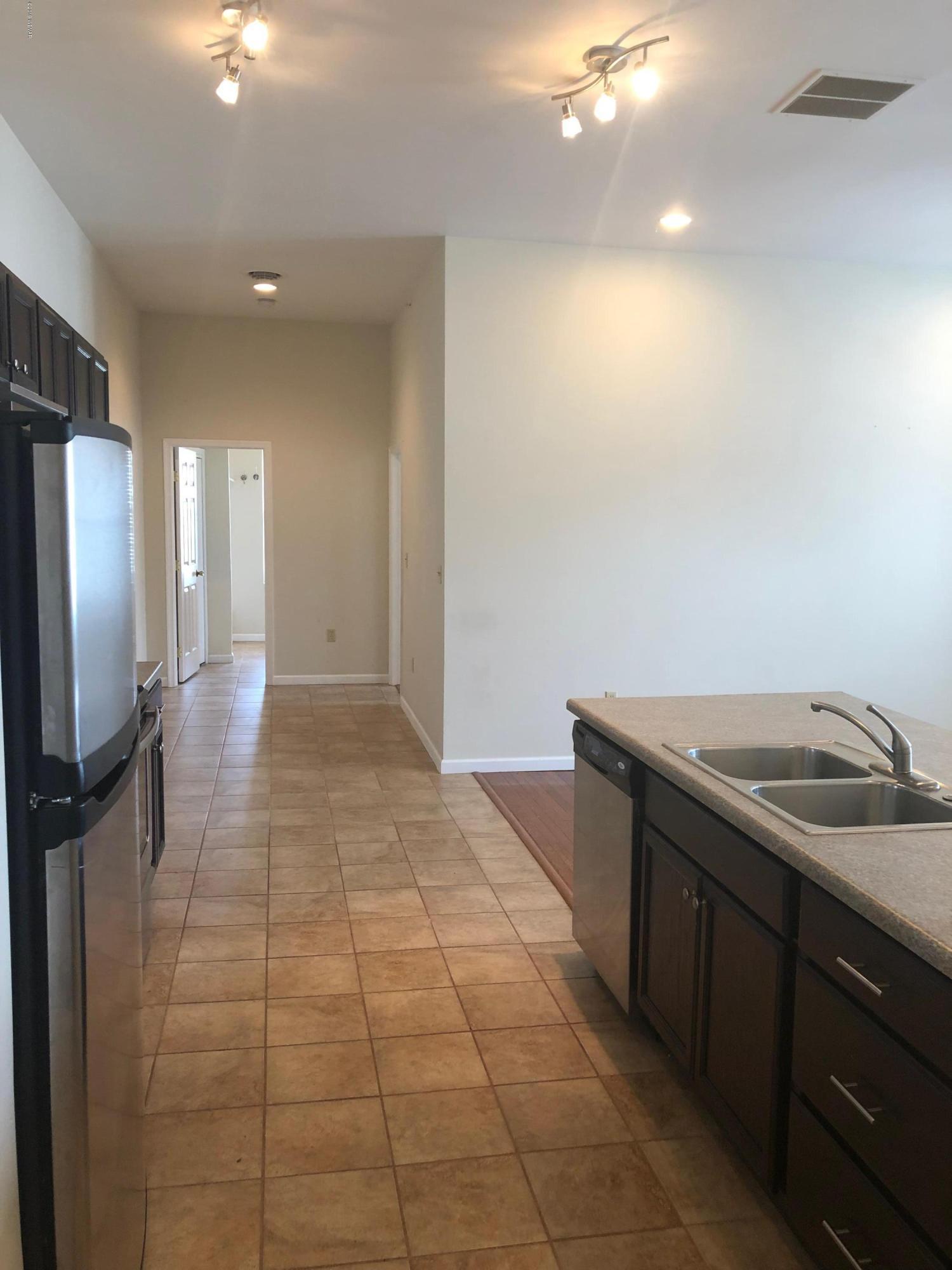 1023 VINE STREET,Danville,PA 17821,2 Bedrooms Bedrooms,2 BathroomsBathrooms,Resid-lease/rental,VINE,WB-86200
