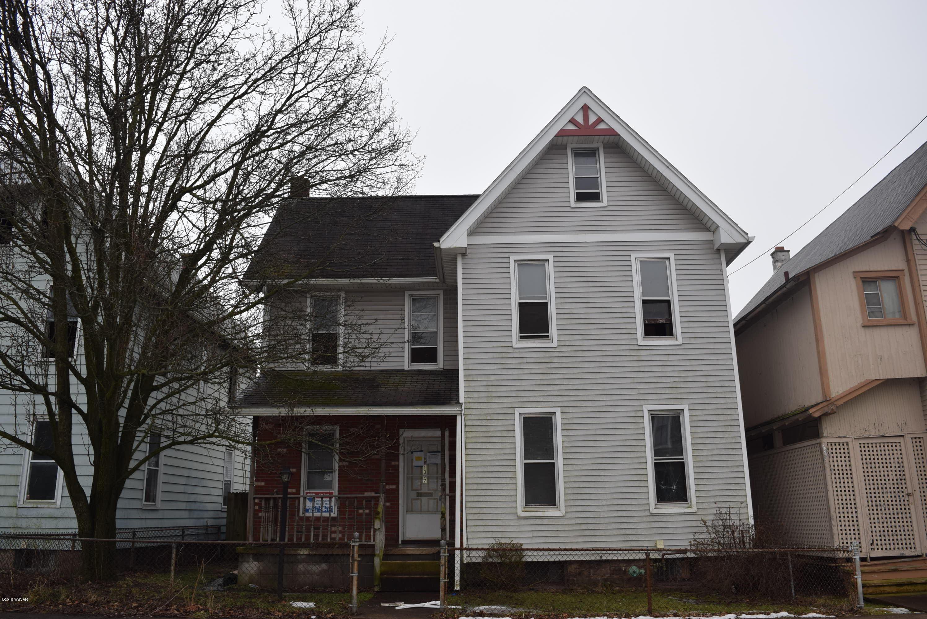 1327 SCOTT STREET,Williamsport,PA 17701,3 Bedrooms Bedrooms,2 BathroomsBathrooms,Residential,SCOTT,WB-86390