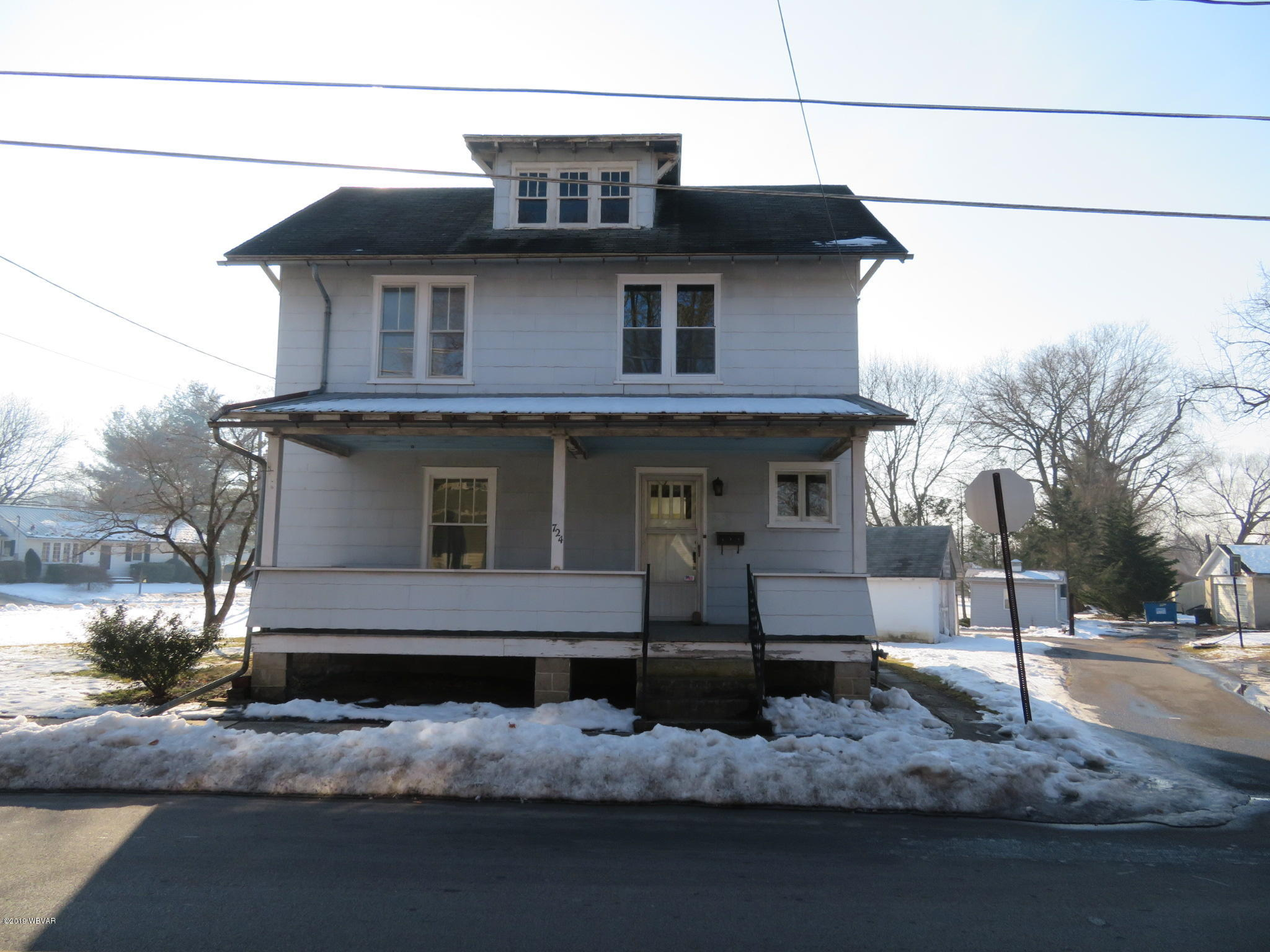 724 SHAKESPEARE AVENUE,Milton,PA 17847,3 Bedrooms Bedrooms,1.5 BathroomsBathrooms,Residential,SHAKESPEARE,WB-86406