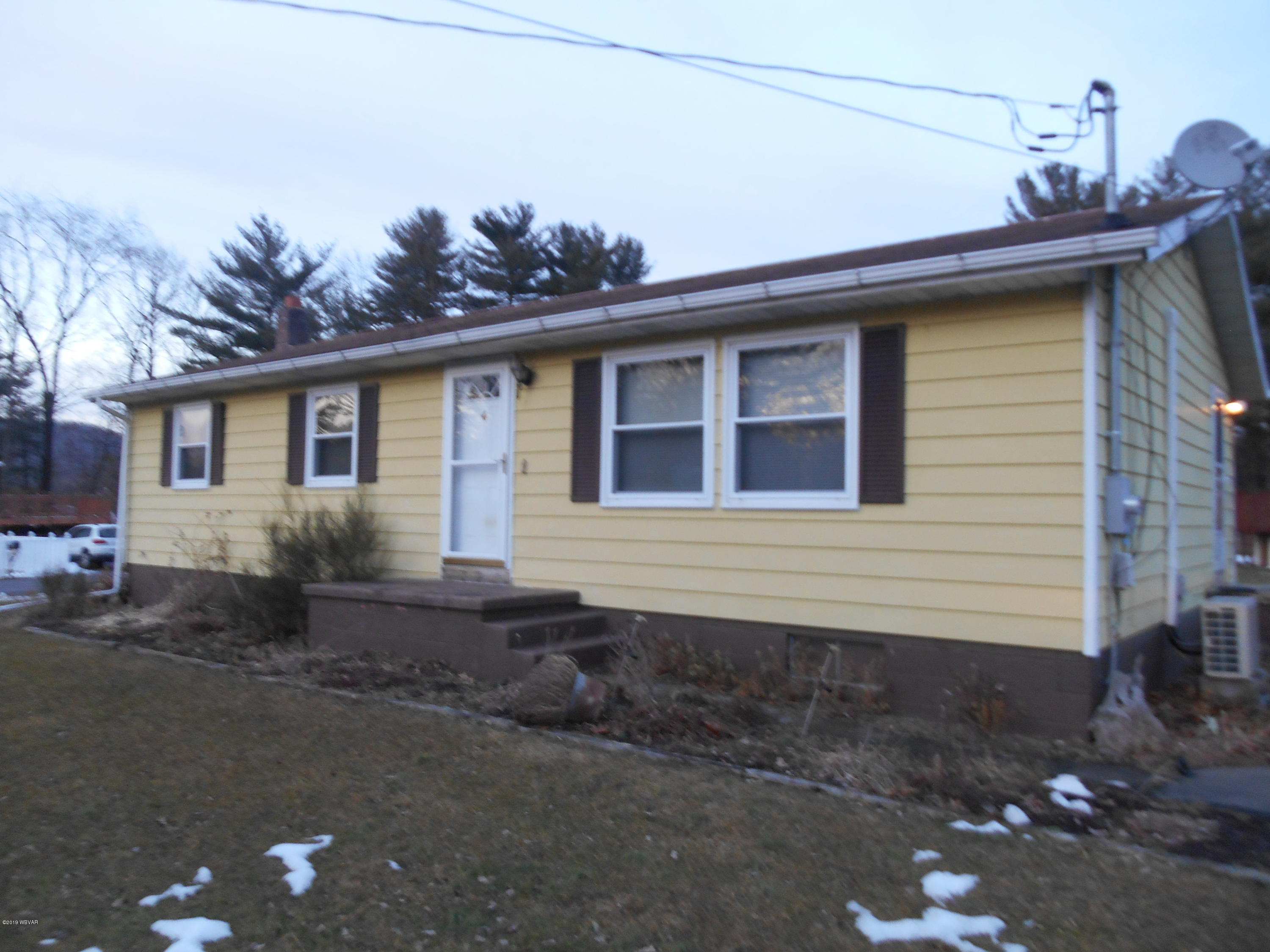 174 HAVEN PINES ROAD,Mill Hall,PA 17751,3 Bedrooms Bedrooms,1 BathroomBathrooms,Residential,HAVEN PINES,WB-86461