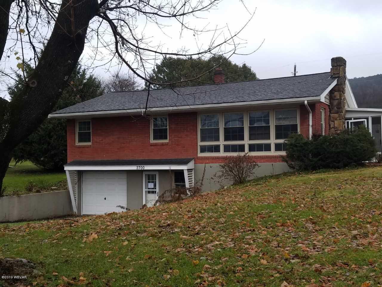 2700 MCCOY STREET,Williamsport,PA 17701,3 Bedrooms Bedrooms,1 BathroomBathrooms,Residential,MCCOY,WB-86596