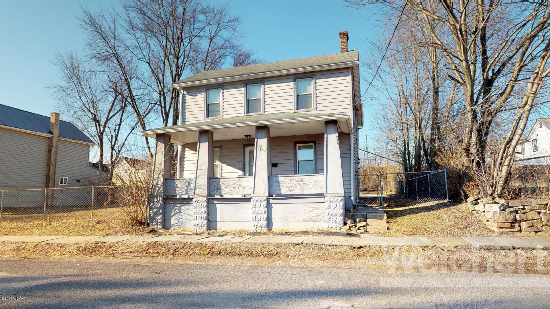 837 WILSON STREET,Williamsport,PA 17701,3 Bedrooms Bedrooms,2 BathroomsBathrooms,Residential,WILSON,WB-86639