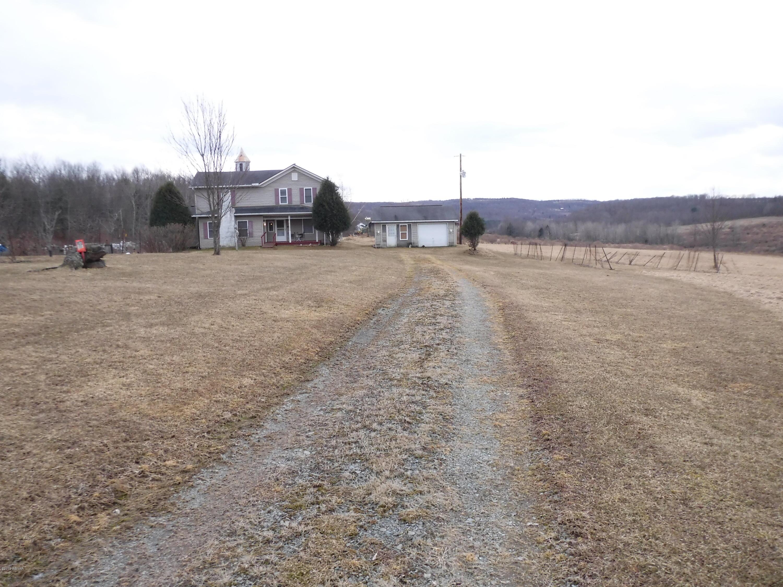 1518 MURPHY ROAD,New Albany,PA 18833,5 Bedrooms Bedrooms,2 BathroomsBathrooms,Farm,MURPHY,WB-86678