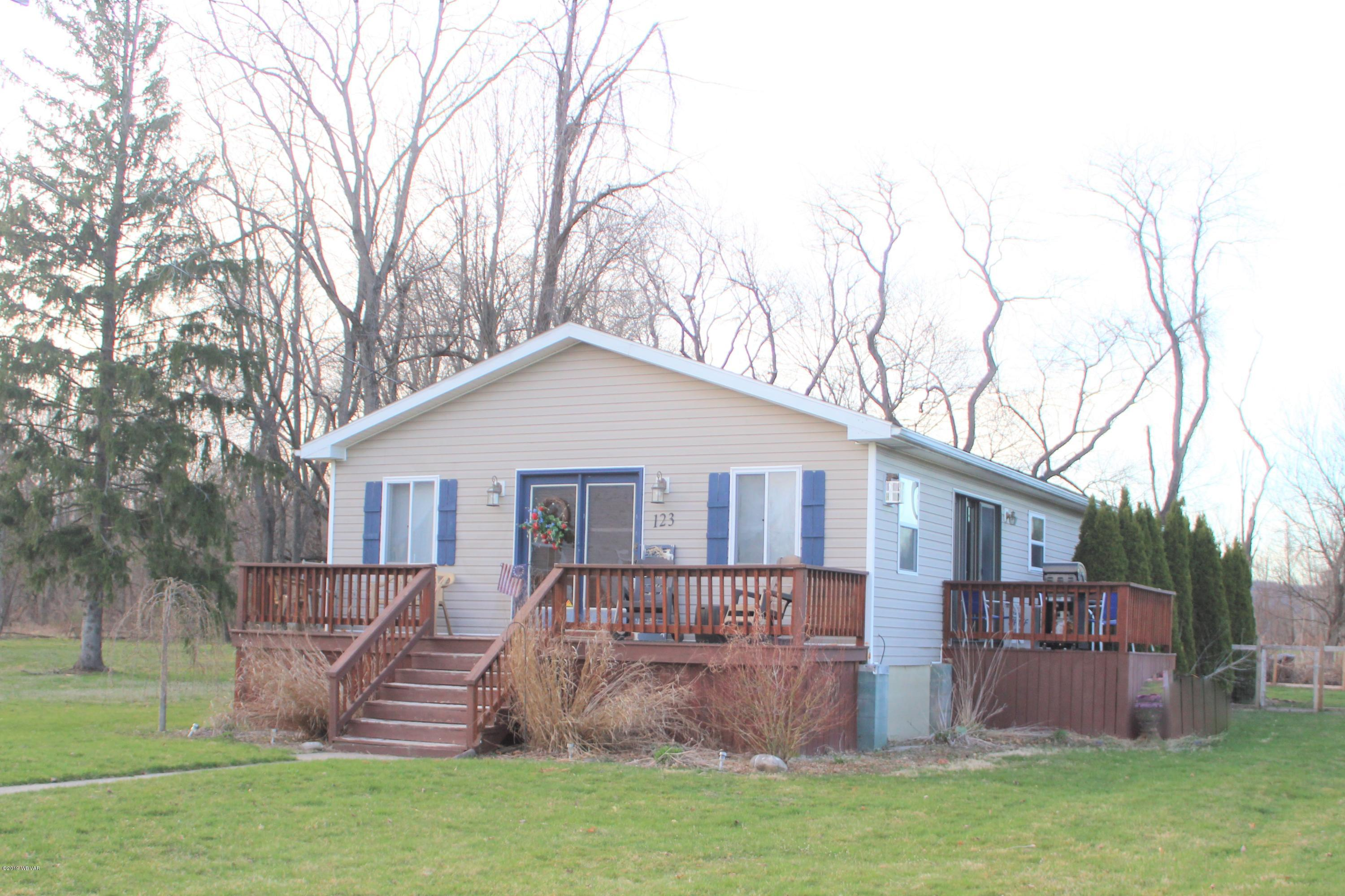 123 GREGG RUN ROAD,Hughesville,PA 17737,3 Bedrooms Bedrooms,2 BathroomsBathrooms,Residential,GREGG RUN,WB-86957