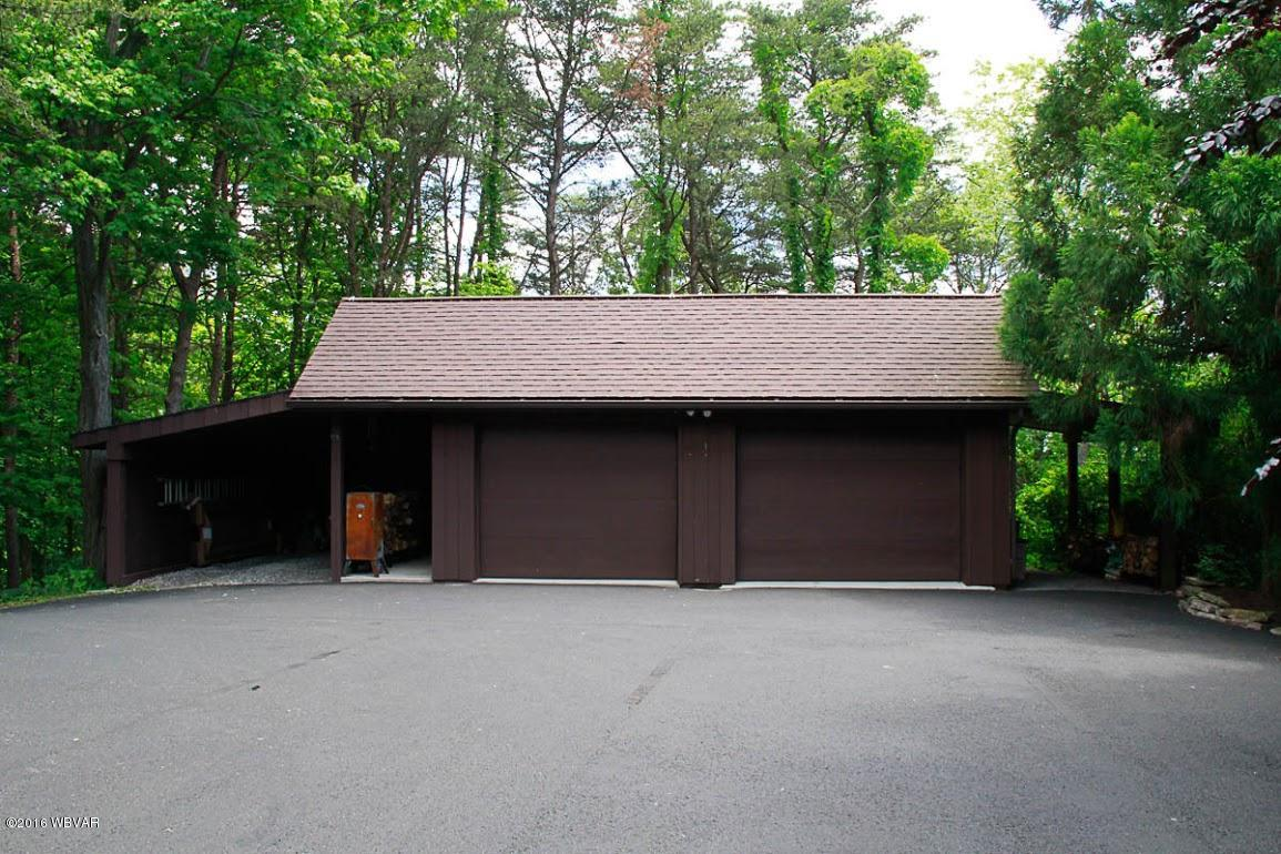221 WHITE PINE DRIVE,Montoursville,PA 17754,5 Bedrooms Bedrooms,4 BathroomsBathrooms,Residential,WHITE PINE,WB-86992
