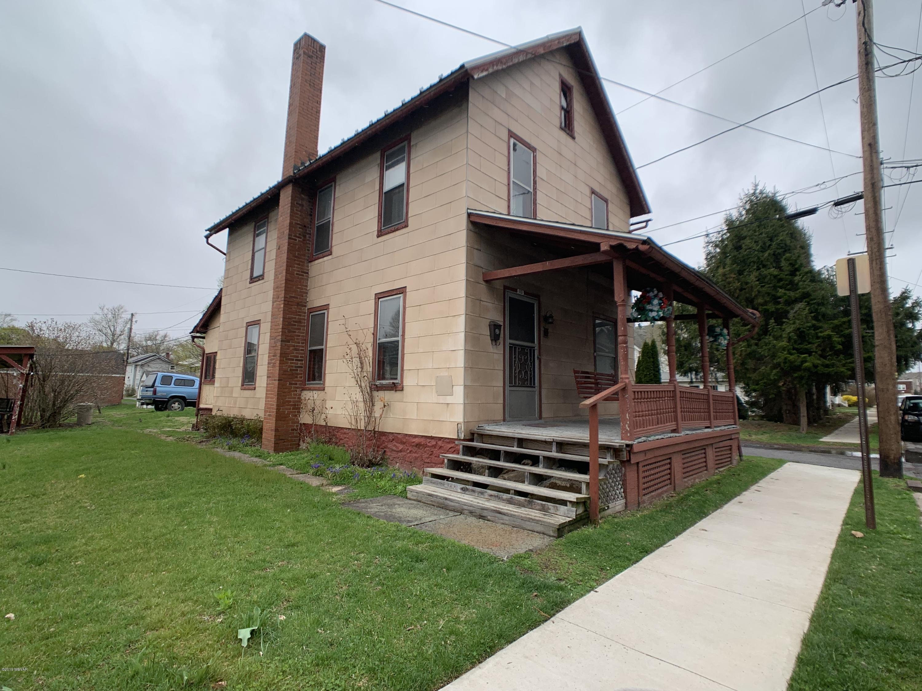 113 PARK STREET,Lock Haven,PA 17745,3 Bedrooms Bedrooms,1 BathroomBathrooms,Residential,PARK,WB-87004