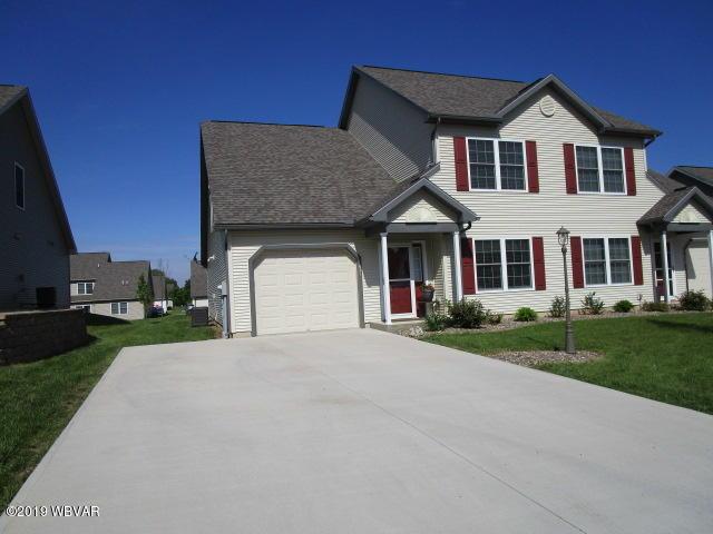621 KREAMER AVENUE,Lewisburg,PA 17837,3 Bedrooms Bedrooms,2.5 BathroomsBathrooms,Residential,KREAMER,WB-87374
