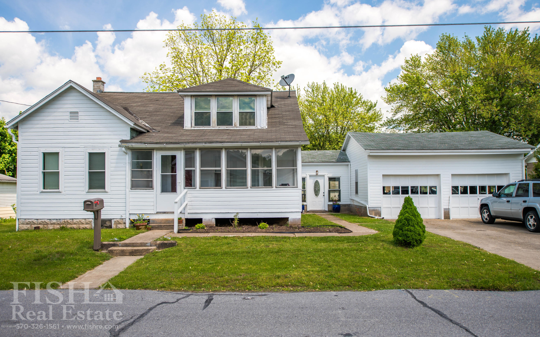 117 MAPLE STREET,Milton,PA 17847,3 Bedrooms Bedrooms,2 BathroomsBathrooms,Residential,MAPLE,WB-87397