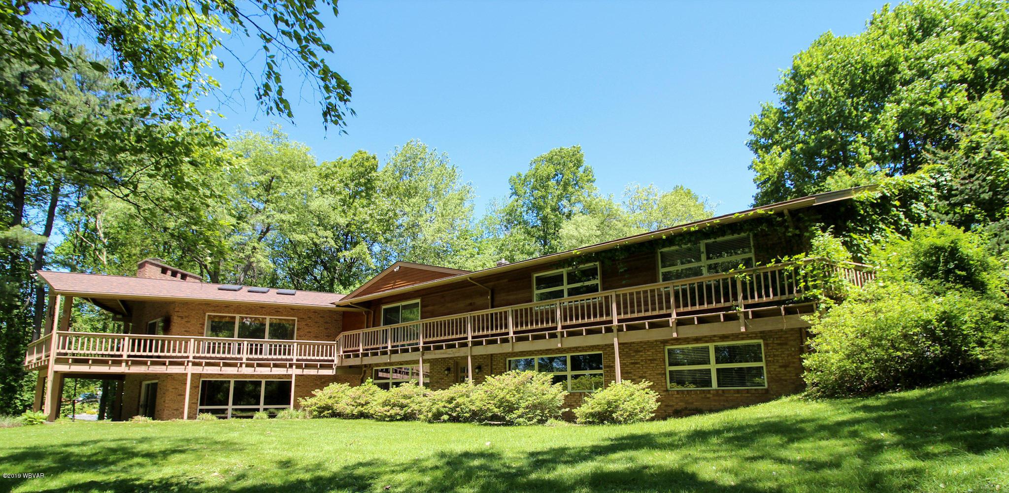 515 SAND HILL ROAD,Montoursville,PA 17754,4 Bedrooms Bedrooms,3.5 BathroomsBathrooms,Residential,SAND HILL,WB-87401