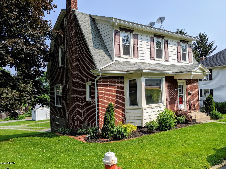620 GREEN STREET,Mifflinburg,PA 17844,3 Bedrooms Bedrooms,1.5 BathroomsBathrooms,Residential,GREEN,WB-87553