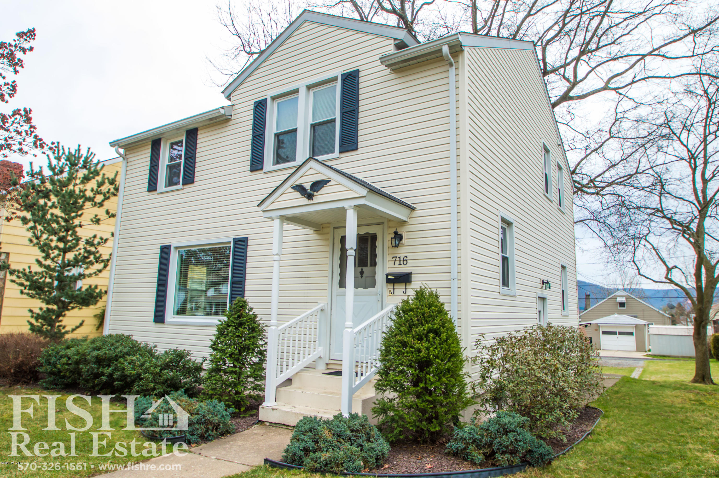 716 LINCOLN AVENUE,Williamsport,PA 17701,3 Bedrooms Bedrooms,2 BathroomsBathrooms,Residential,LINCOLN,WB-87568