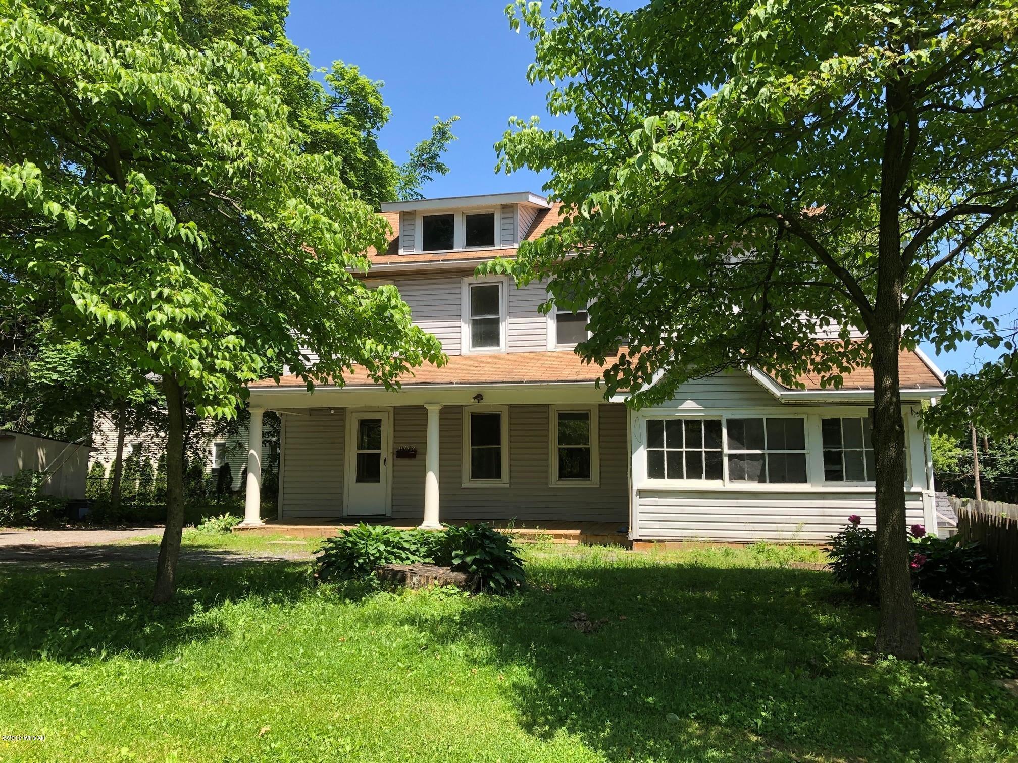 1000 CALVERT AVENUE,Williamsport,PA 17701,3 Bedrooms Bedrooms,1.5 BathroomsBathrooms,Residential,CALVERT,WB-87564