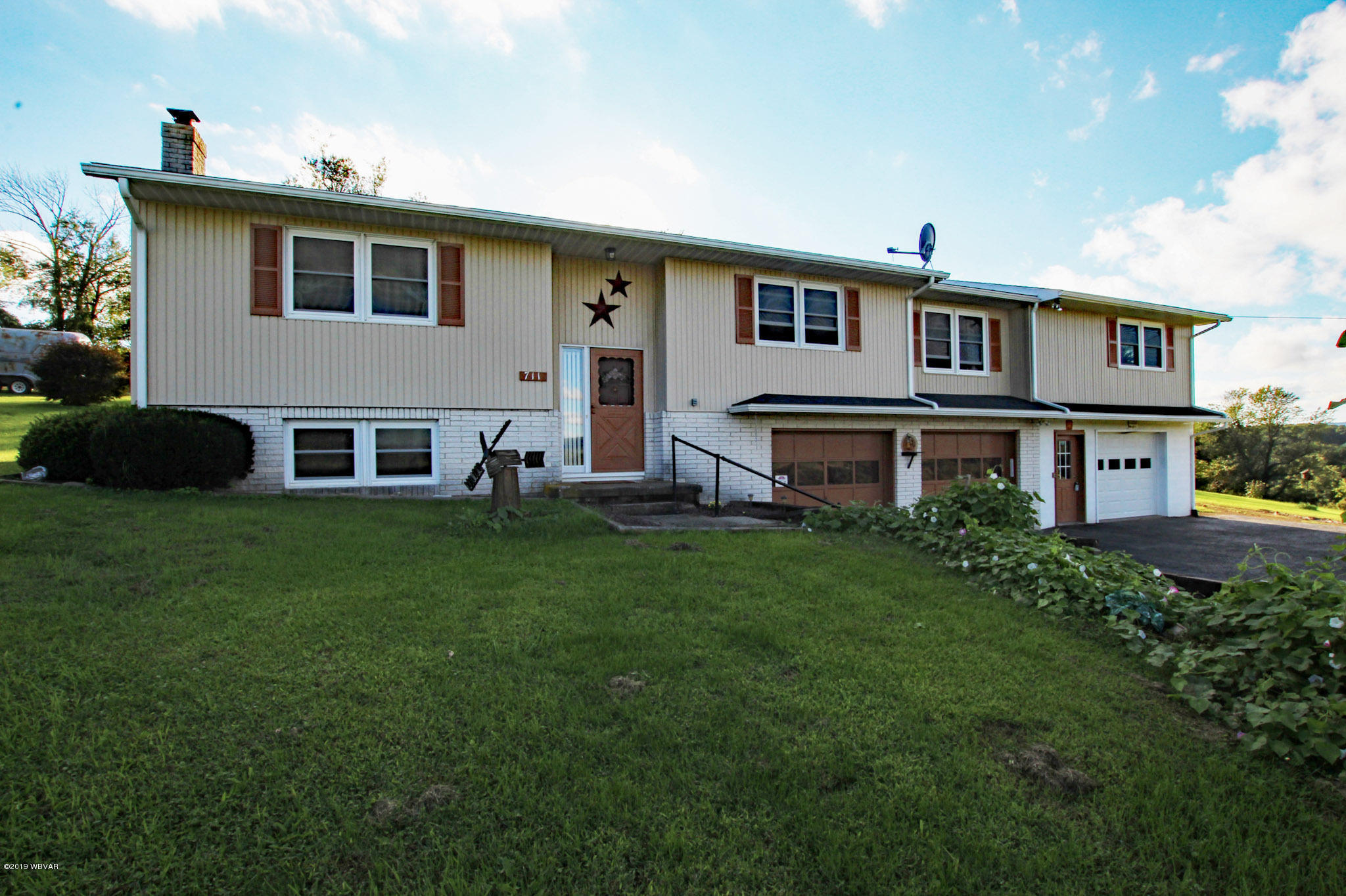 711 LEHMAN DRIVE,Cogan Station,PA 17728,3 Bedrooms Bedrooms,2 BathroomsBathrooms,Residential,LEHMAN,WB-87571