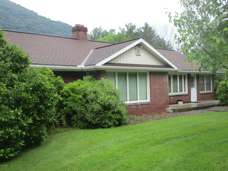 1038 RENOVO ROAD,Mill Hall,PA 17751,3 Bedrooms Bedrooms,2 BathroomsBathrooms,Residential,RENOVO,WB-87581