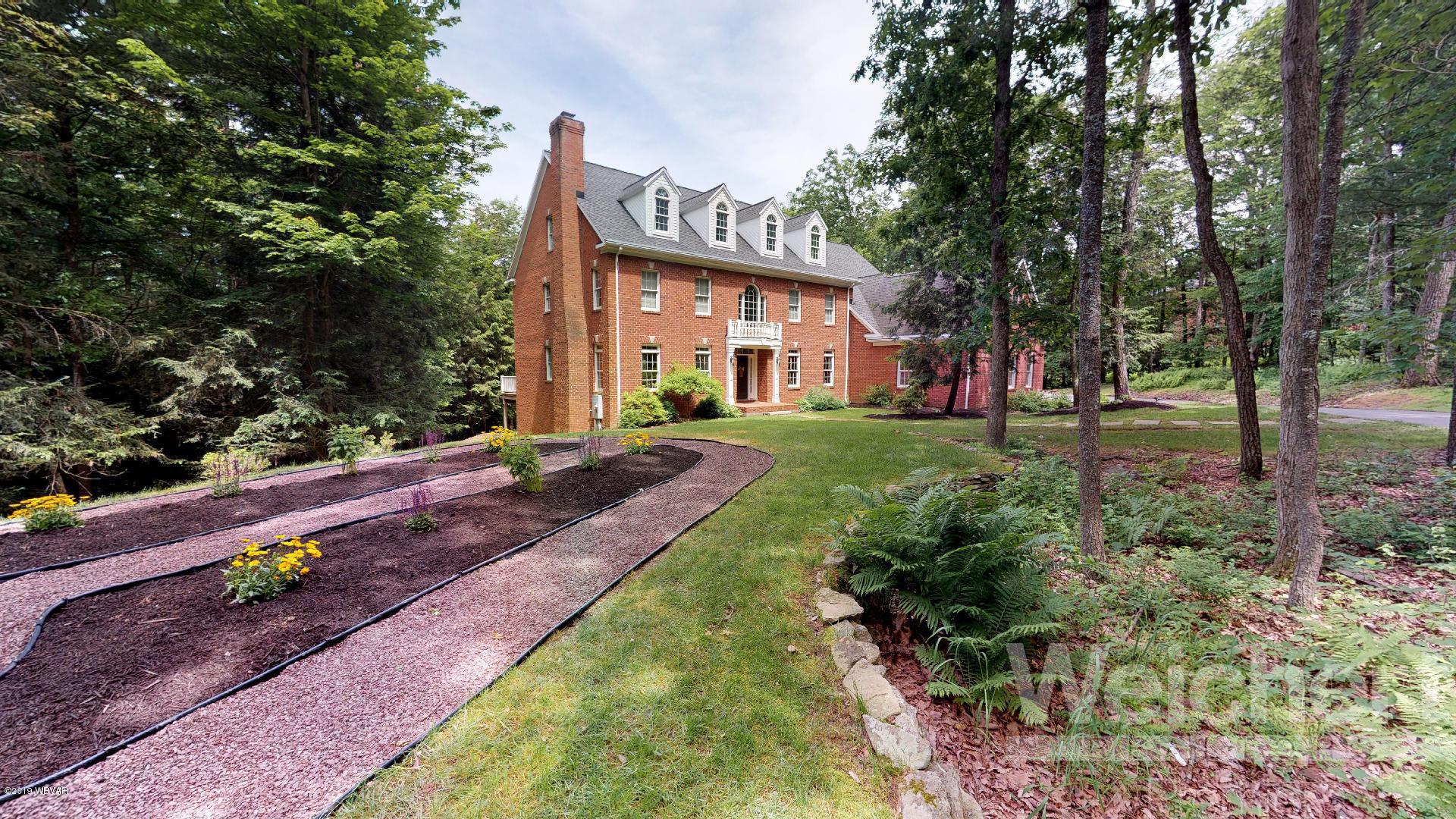 303 & 249 HERITAGE LANE,Williamsport,PA 17701,8 Bedrooms Bedrooms,6 BathroomsBathrooms,Residential,HERITAGE,WB-87604