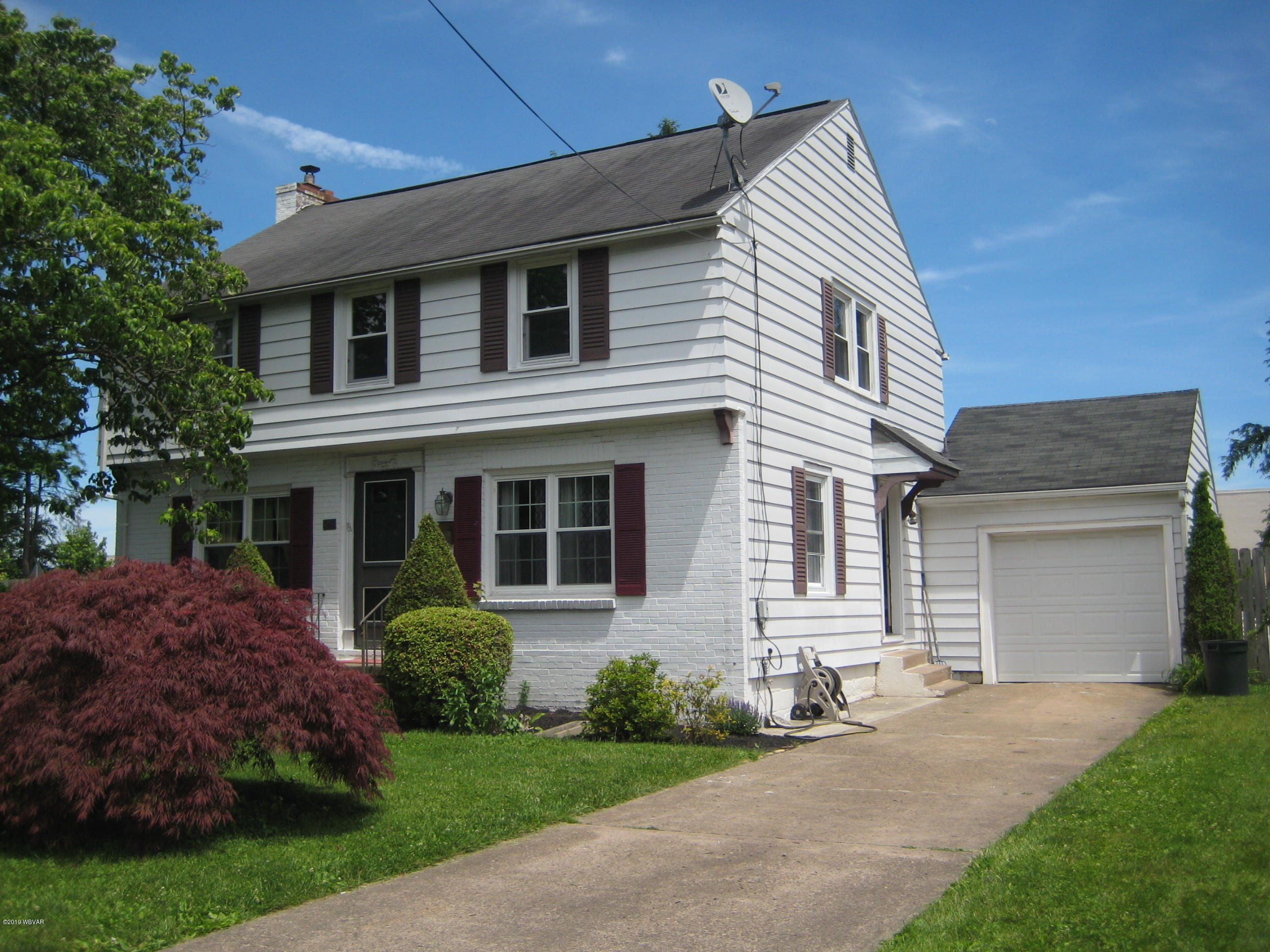 340 TINSMAN AVENUE,Williamsport,PA 17701,3 Bedrooms Bedrooms,1.5 BathroomsBathrooms,Residential,TINSMAN,WB-87630