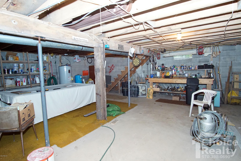 2262 BEAR PEN HOLLOW ROAD,Lock Haven,PA 17745,3 Bedrooms Bedrooms,2 BathroomsBathrooms,Residential,BEAR PEN HOLLOW,WB-87632