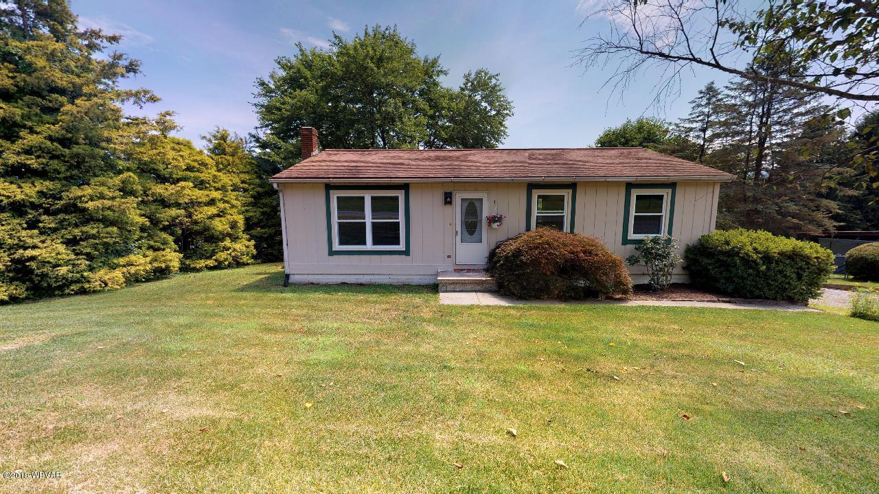 1046 VALLEY VIEW ROAD,Jersey Shore,PA 17740,3 Bedrooms Bedrooms,2 BathroomsBathrooms,Residential,VALLEY VIEW,WB-87996