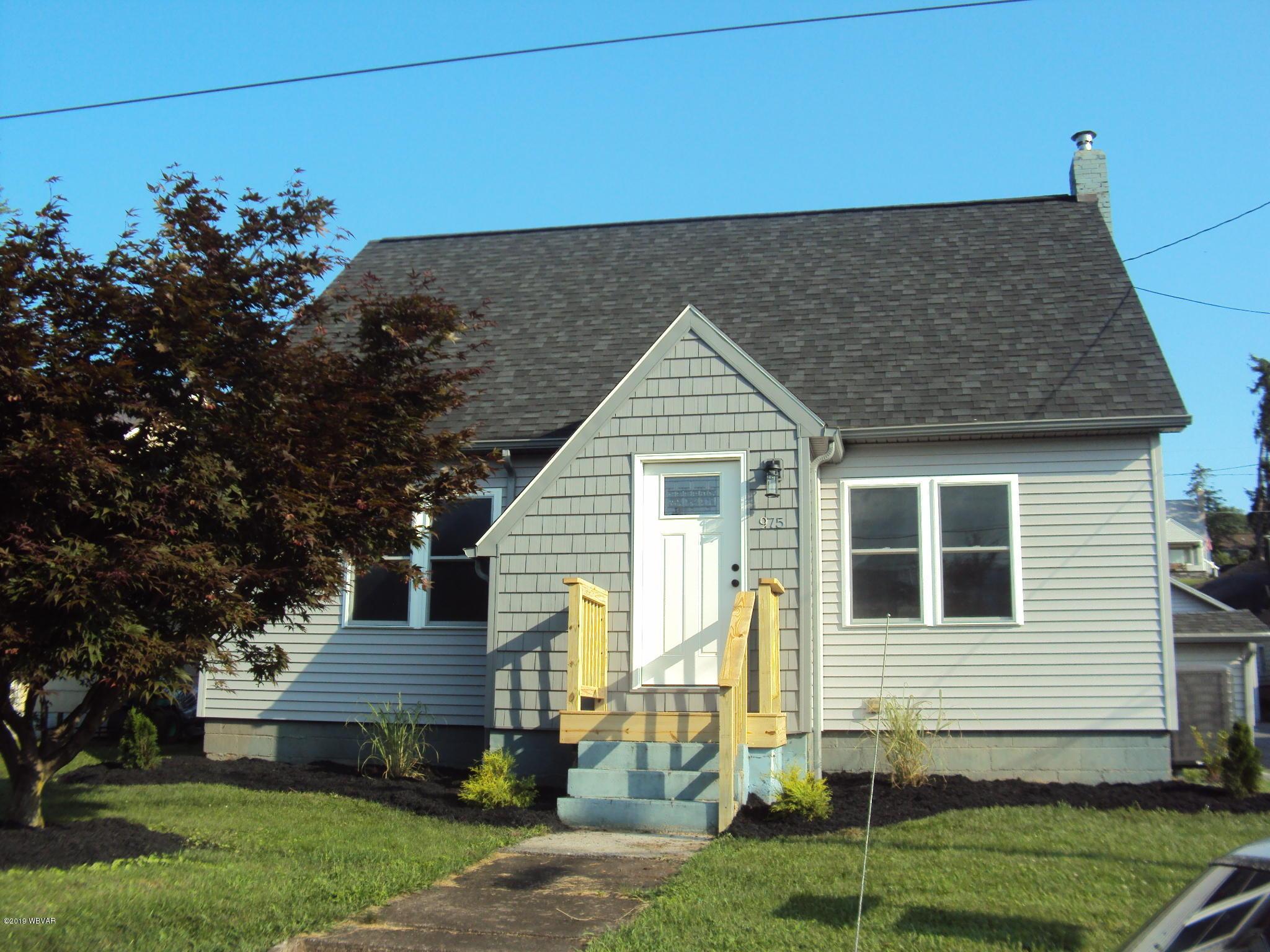 975 3RD STREET,Lock Haven,PA 17745,3 Bedrooms Bedrooms,2 BathroomsBathrooms,Residential,3RD,WB-88010