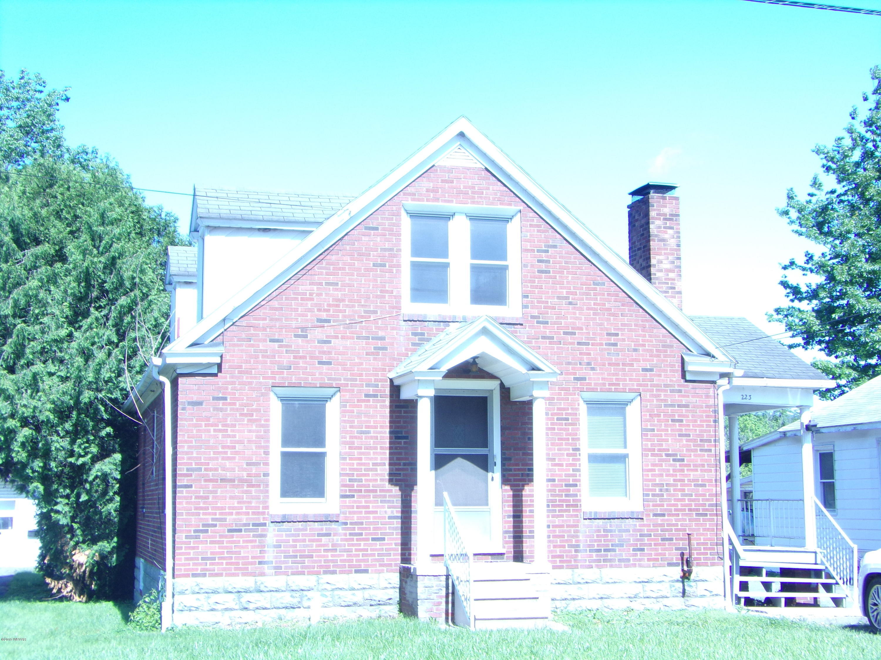 223 PENNSYLVANIA AVENUE, Mill Hall, PA 17751, 3 Bedrooms Bedrooms, ,1 BathroomBathrooms,Residential,For sale,PENNSYLVANIA,WB-88032