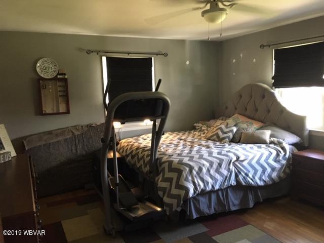 262 PEPPER STREET,Muncy,PA 17756,3 Bedrooms Bedrooms,2 BathroomsBathrooms,Residential,PEPPER,WB-88227