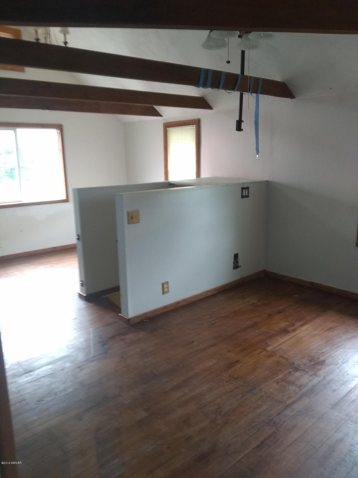 215 GRANT STREET,Lock Haven,PA 17745,2 Bedrooms Bedrooms,2 BathroomsBathrooms,Residential,GRANT,WB-88235