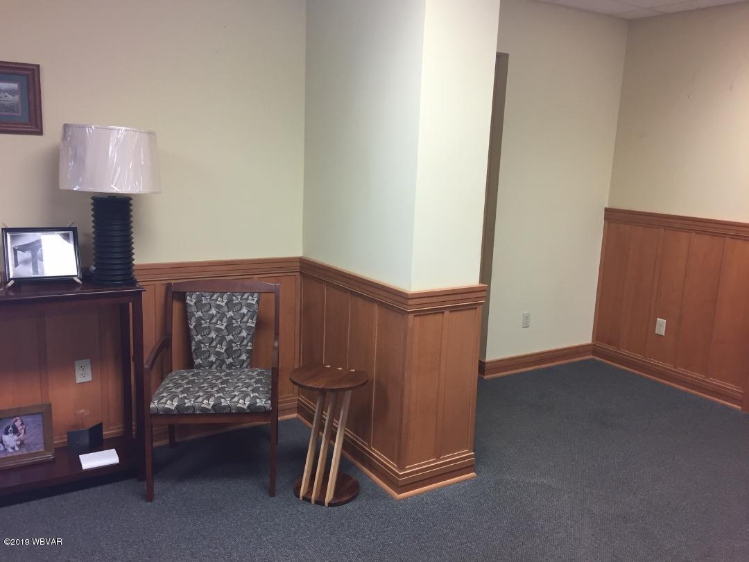 140 CATAWISSA AVENUE,Williamsport,PA 17701,1 BathroomBathrooms,Comm/ind lease,CATAWISSA,WB-88249