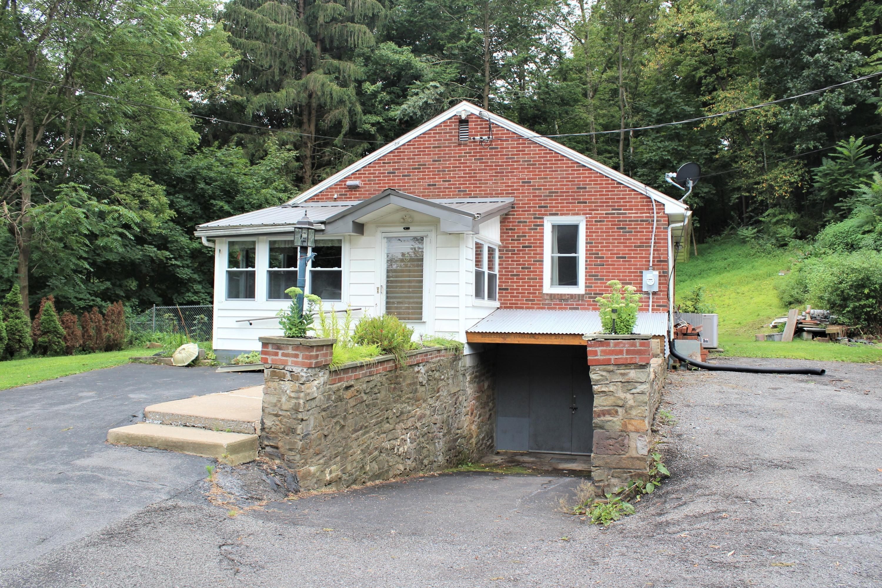 90 LITTLE RUN LANE,Lock Haven,PA 17745,2 Bedrooms Bedrooms,1 BathroomBathrooms,Residential,LITTLE RUN,WB-88269