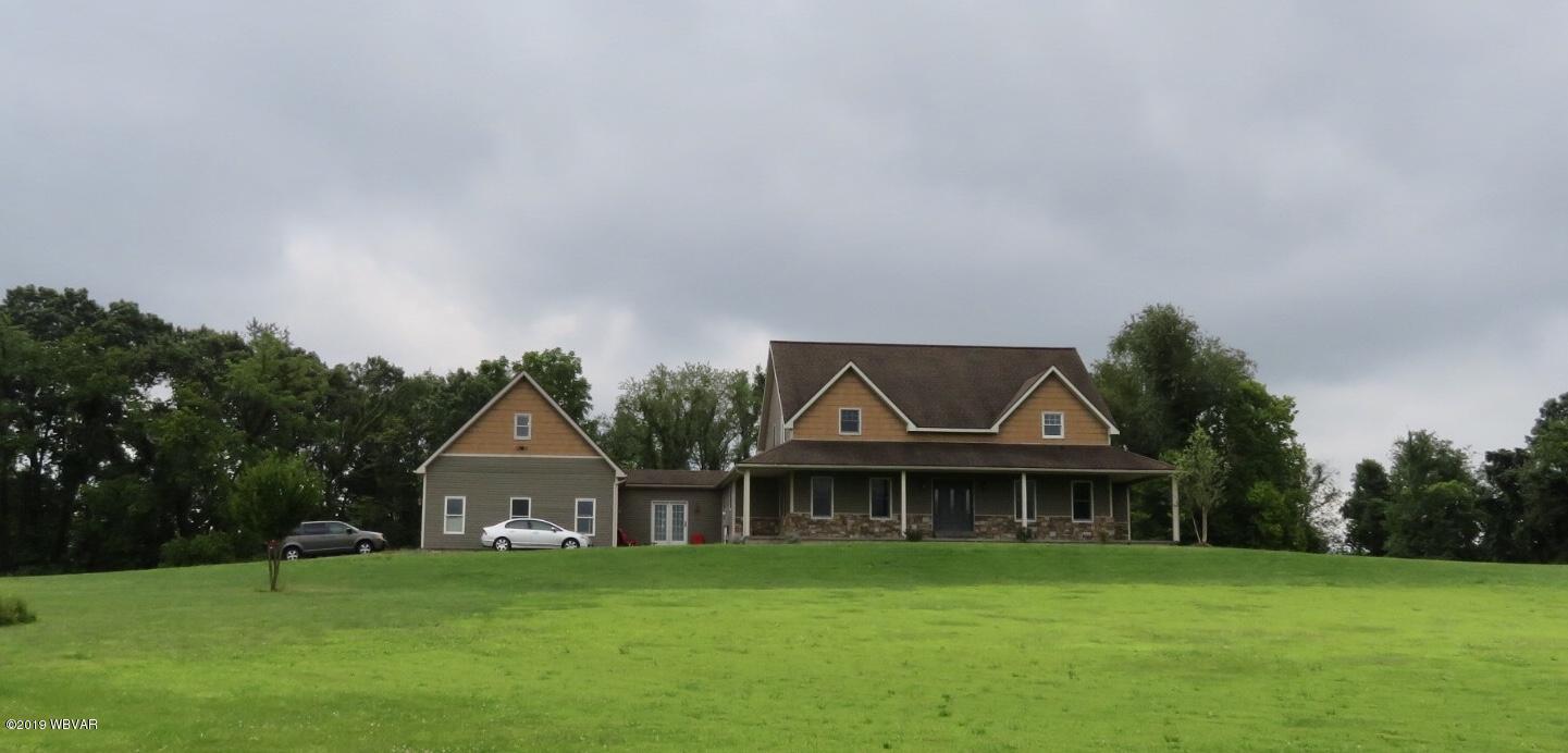 628 SCHOOLHOUSE ROAD,Milton,PA 17847,4 Bedrooms Bedrooms,4 BathroomsBathrooms,Residential,SCHOOLHOUSE,WB-88296